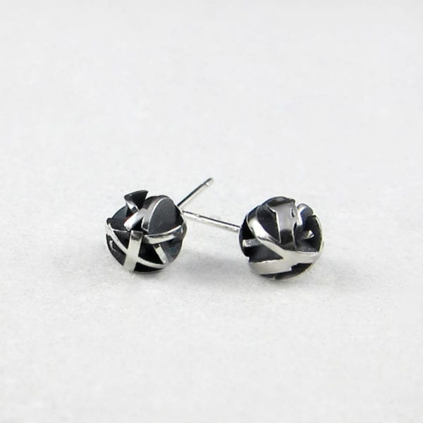 3D modelled black sterling silver studs