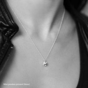 Negative/Positive Mini necklace