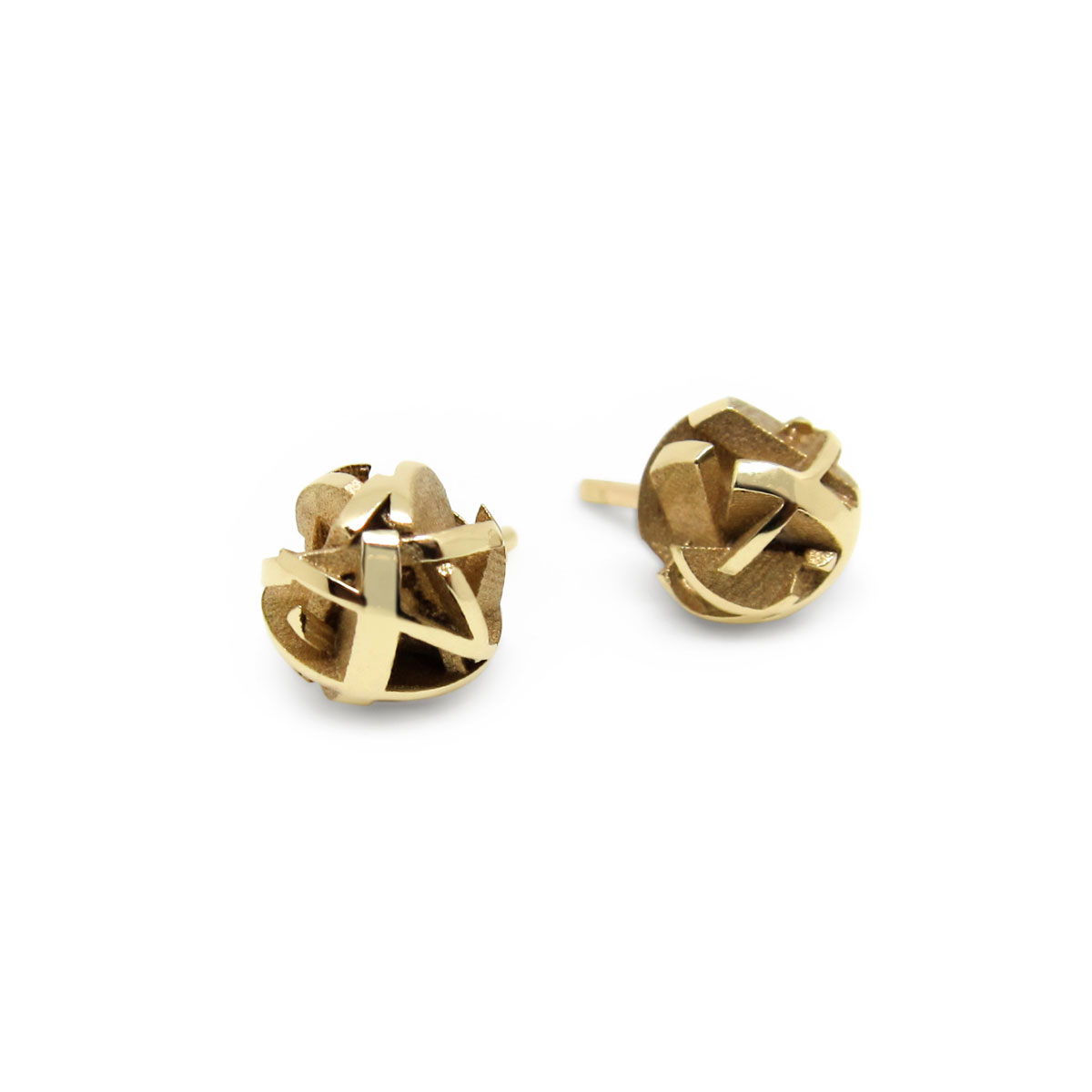 3D printed yellow gold stud earrings
