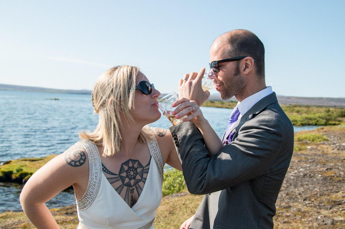 Rob and Dina elope in Iceland